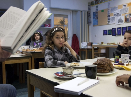 Anderstalige ouders lezen voor in het Nederlands